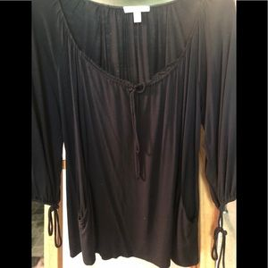 Black t shirt with pockets